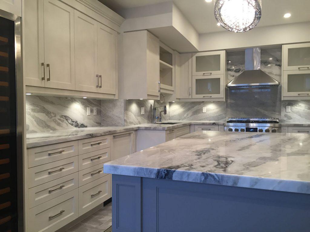 Full Granite Backsplash Kitchen